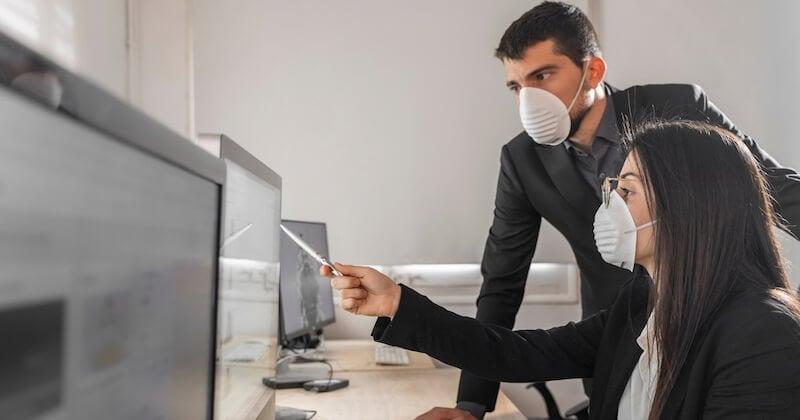 Dès le 1er septembre, le port du masque sera obligatoire partout en entreprise, sauf dans les bureaux individuels