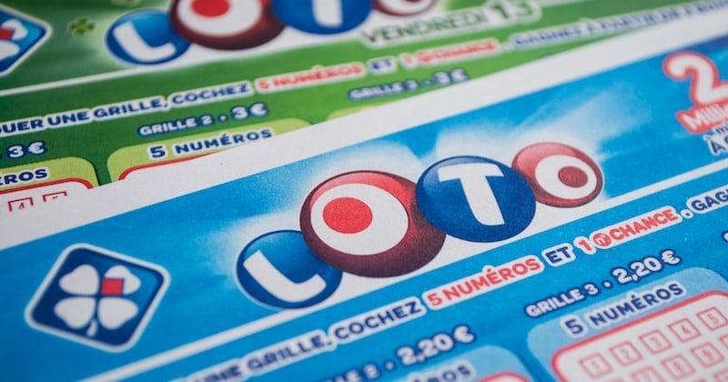 Une famille remporte 13 millions d'euros loto en se trompant sur ses numéros fétiches