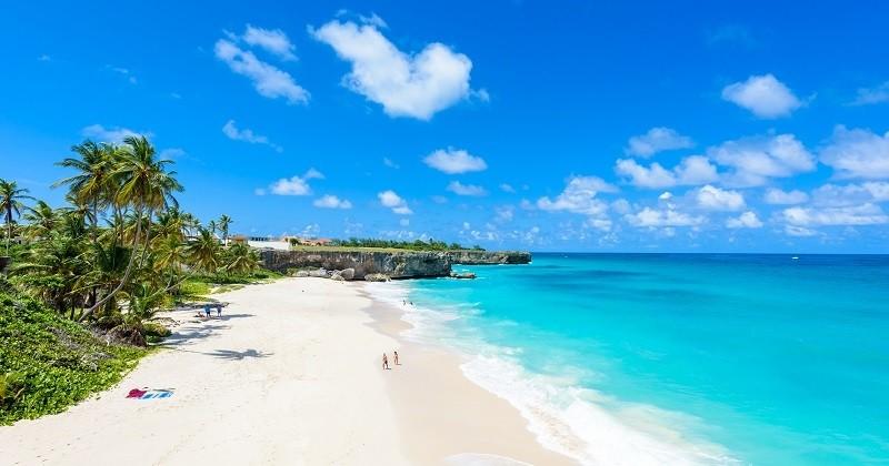 Dans les Caraïbes, la Barbade propose de faire du télétravail sur l'île pendant un an