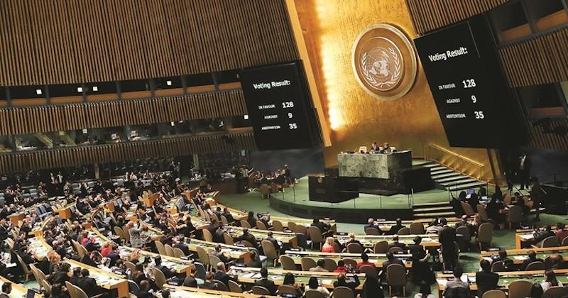 Malgré les pressions, les Etats-Unis se retrouvent isolés sur la scène internationale suite au vote de l'ONU