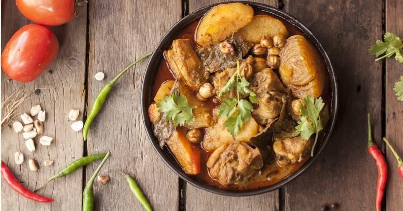 Tentez le massaman curry au poulet, le plat Thaïlandais qui réchauffera vos dîners