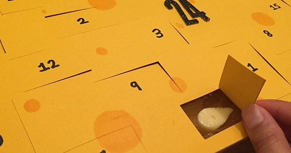 Partez à la découverte de tous les fromages qui puent avec ce calendrier de l'Avent de fromages !