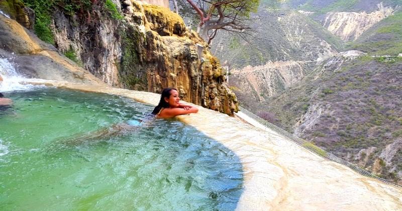 Découvrez les bassins suspendus de « Las Grutas Tolantongo », l'un des plus beaux endroits du Mexique