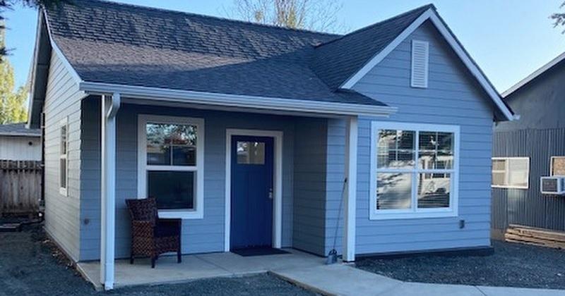 Cette petite maison a été spécialement conçue et construite pour un adolescent paralysé
