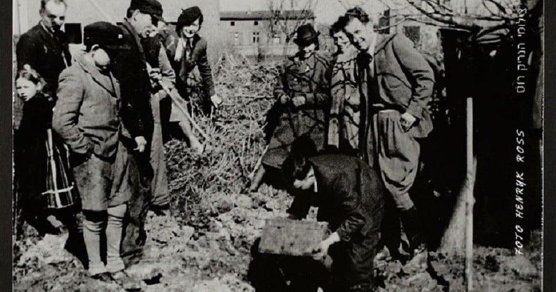 La vie horrible des Juifs Polonais dans le ghetto de Lodz immortalisée à travers des photographies bouleversantes
