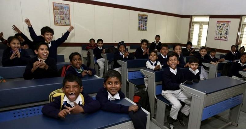 En Inde, l'école donne des cours de bonheur aux élèves chaque matin