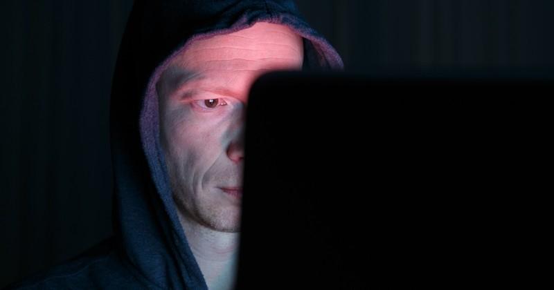 L'un des plus gros « réseaux sociaux pour pédophiles » du monde a été infiltré par la police, révélant l'identité d'un million d'utilisateurs