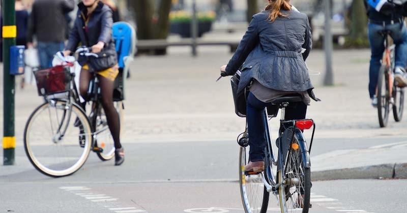 Bientôt une carte grise obligatoire pour les vélos ?