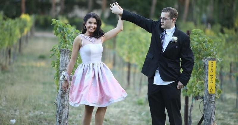 Cette Miss américaine propose à un élève autiste, moqué par ses camarades, de l'accompagner au bal du lycée
