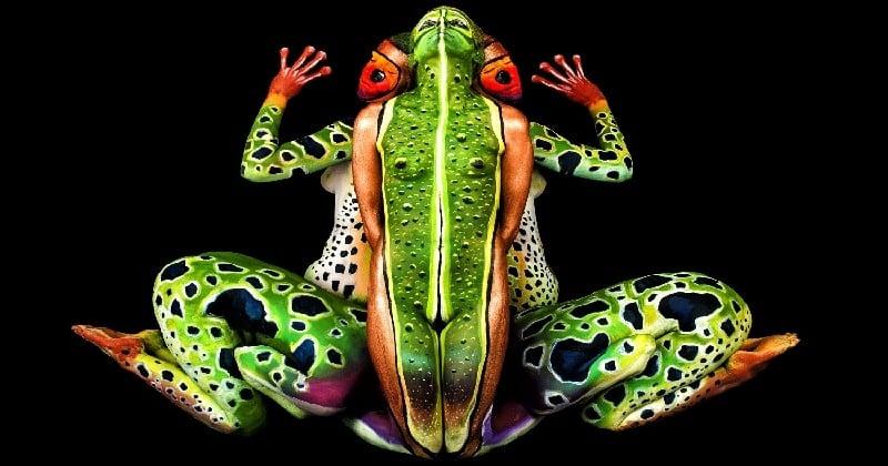 Cette artiste est une pro du body-painting qui crée des illusions parfaites !