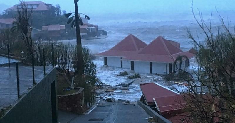 Les Antilles ont été dévastées par l'ouragan Irma, le bilan est de 8 morts et l'île de Saint-Martin a été détruite à 95 %