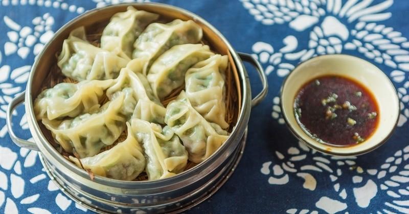 raviolis chinois végétariens cuits à la vapeur