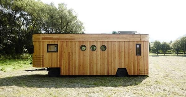 Découvrez cette maison montée sur roues 100% écologique et auto-suffisante