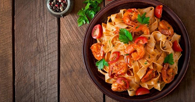 Fettuccine aux tomates crevettes