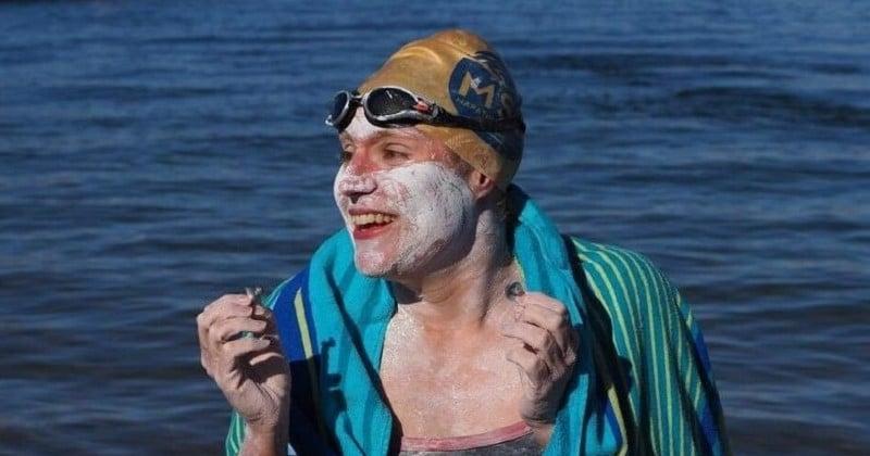 Après avoir survécu au cancer du sein, elle traverse la Manche à la nage quatre fois sans s'arrêter !
