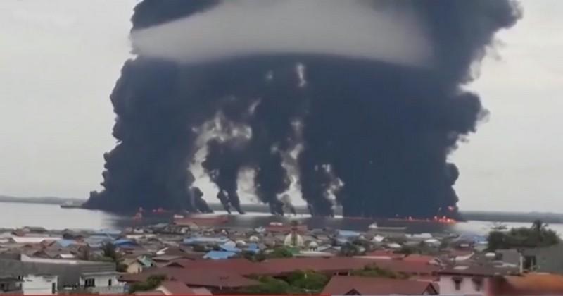 Confrontée a une marée noire mortelle de grande ampleur, l'Indonésie décrète l'état d'urgence