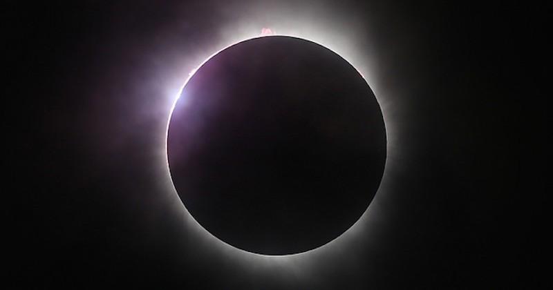 Éclipses solaires ou lunaires 1407313236599bed96d58d6_SOLARCOVER1