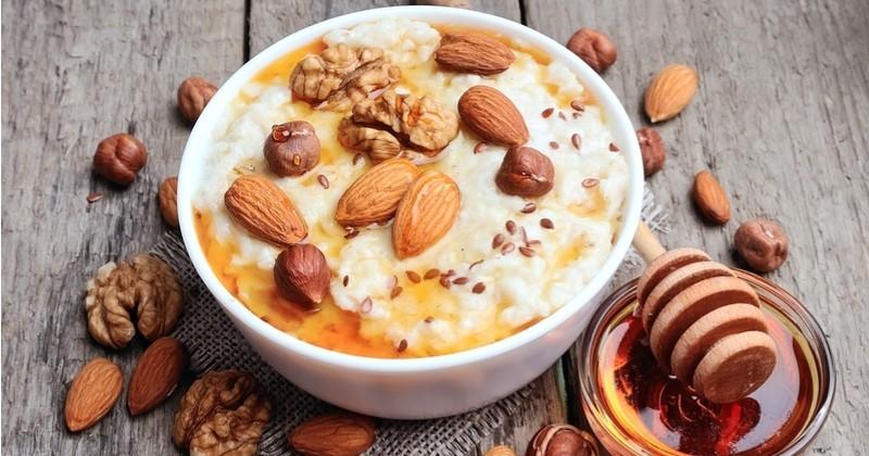 Porridge aux fruits secs et sirop d'érable