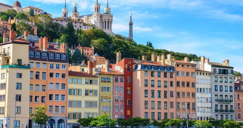 Transports: à Lyon, des abonnements solidaires ont été créés pour permettre aux plus pauvres de se déplacer gratuitement