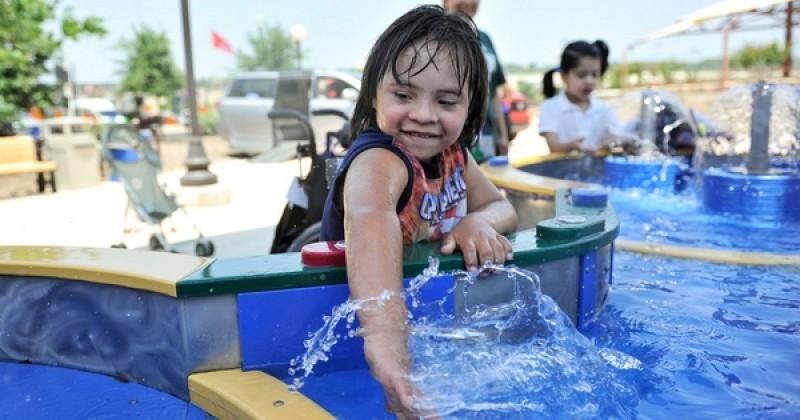 Dans ce parc aquatique unique au monde, les enfants handicapés peuvent accéder à toutes les attractions