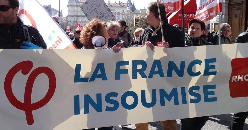 Perquisitions de la France insoumise : Jean-Luc Mélenchon filme en direct et dénonce un «coup politique»