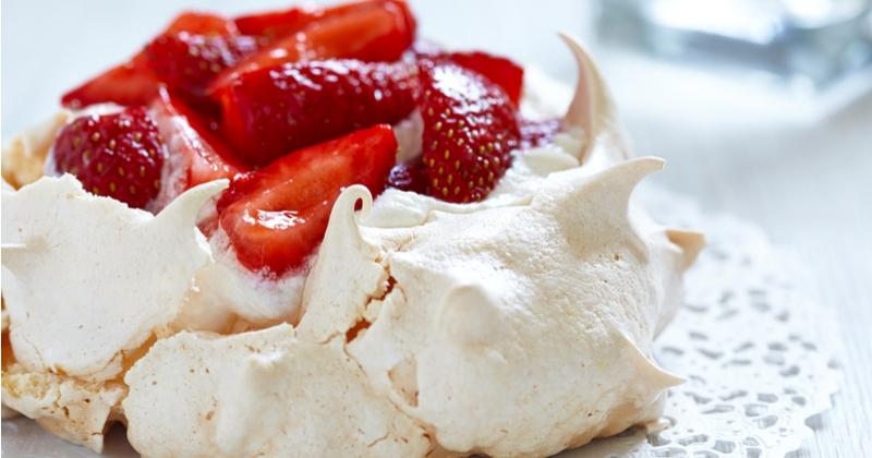 pavlova fraises fruits rouges