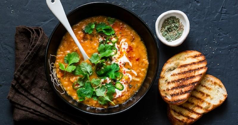 Rien de tel qu'un velouté de lentilles corail au curry pour vous réchauffer !