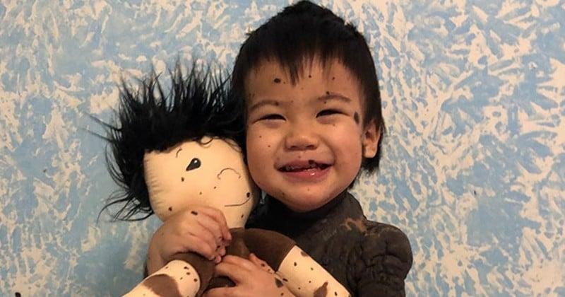 Elle crée des poupées exceptionnelles pour faire plaisir à des enfants handicapés
