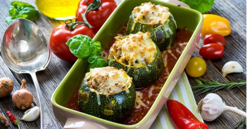 Pour un repas équilibré, optez pour les courgettes farcies à la viande hachée