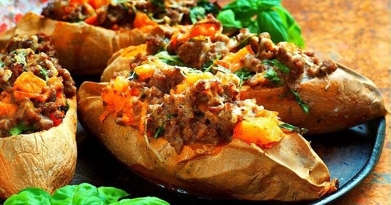 Réalisez des patates douces farcies au bœuf épicé et aux herbes !