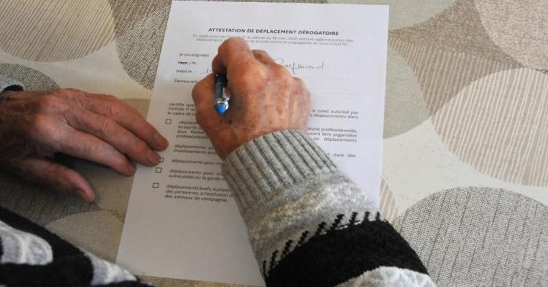 Une dame de 73 ans malade d'Alzheimer condamnée par le tribunal pour avoir mal daté son attestation