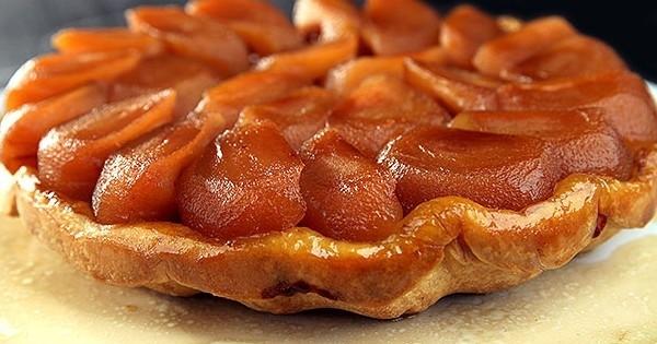 Le dessert gourmand du jour: la tarte Tatin, facile à faire!