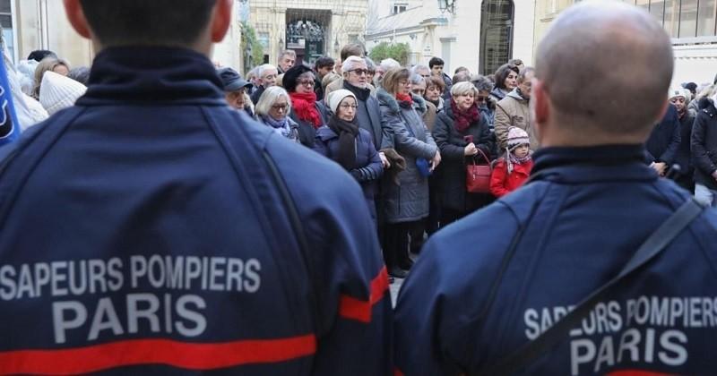 L'émouvant hommage surprise des riverains aux pompiers morts dans l'explosion rue de Trévise