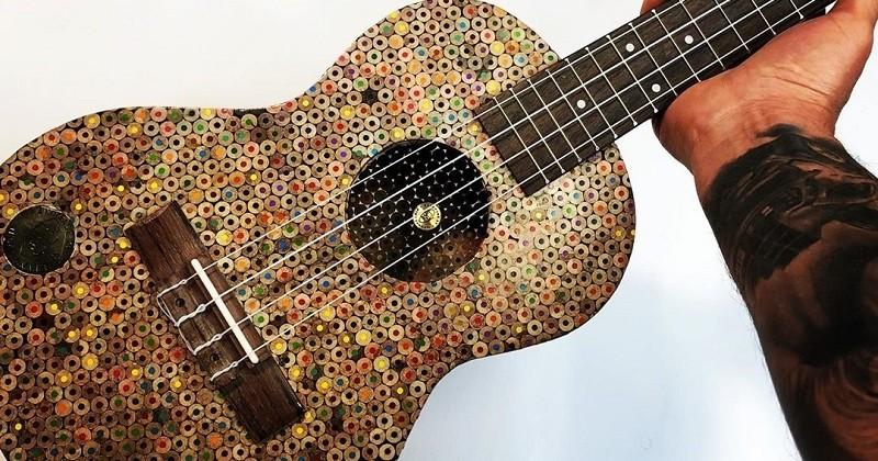 Cet homme utilise plus de 10 000 crayons de couleur pour fabriquer un ukulele