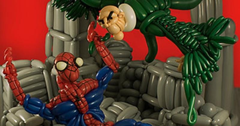 Cet artiste réalise les couvertures de ses comics préférés en ballon... Des oeuvres colorées à couper le souffle !