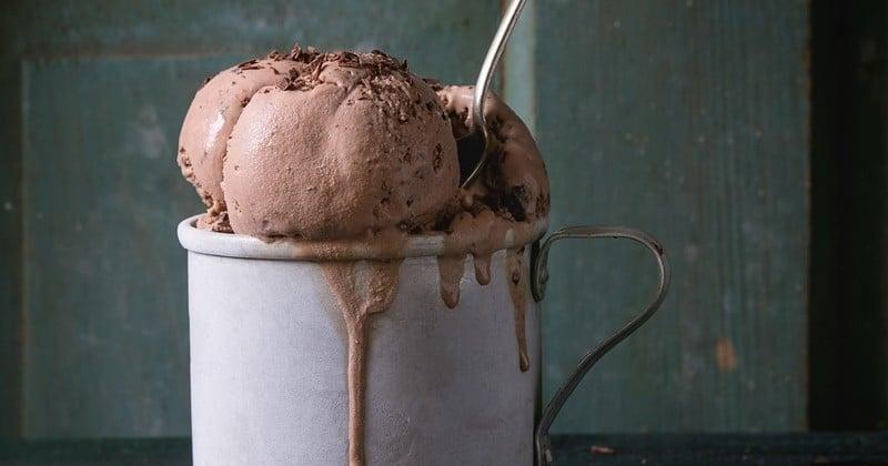 Réalisez cette crème glacée au café sans lactose et sans sorbetière en un tour de main !
