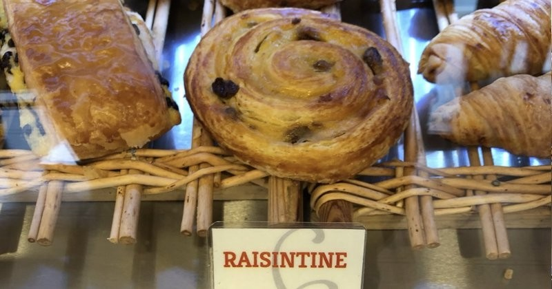 Bordeaux fait de la résistance et renomme le pain au raisin : appelez-le Raisintine!