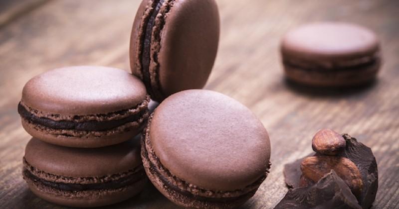 Prenez votre dose de cacao avec ces macarons au chocolat !