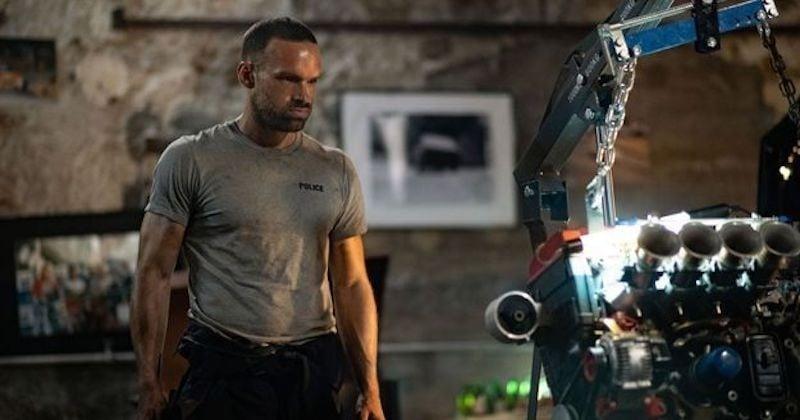 «Balle perdue» : le film connaît un succès mondial sur Netflix