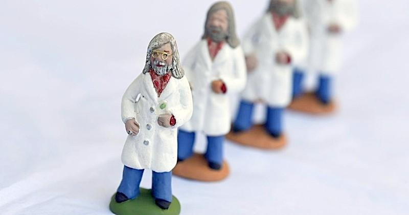 Une santonnière du Var propose une figurine à l'effigie du professeur Didier Raoult