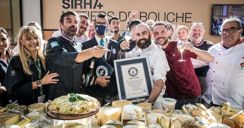 Une pizza aux 834 fromages explose le record du monde à Lyon !