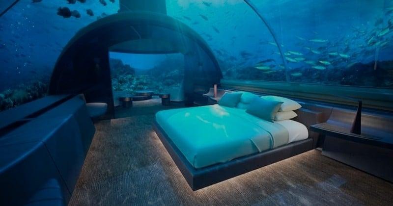 La première villa sous-marine du monde vient d'ouvrir aux Maldives et elle coûte 50 000 dollars la nuit !