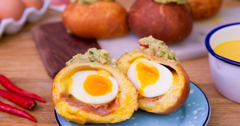 Au déjeuner ou au dîner, goûtez les buns aux œufs et au jambon