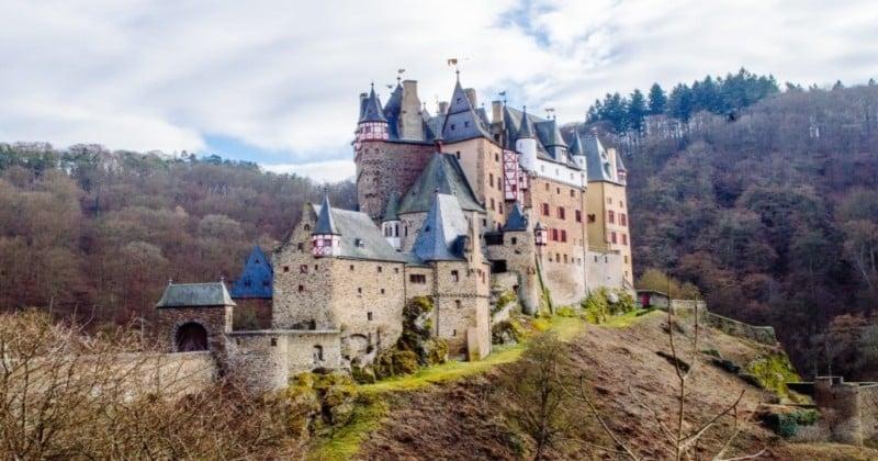 Passionné de voyages et d'horreur ? Voici les 12 châteaux hantés les plus célèbres du monde à découvrir !