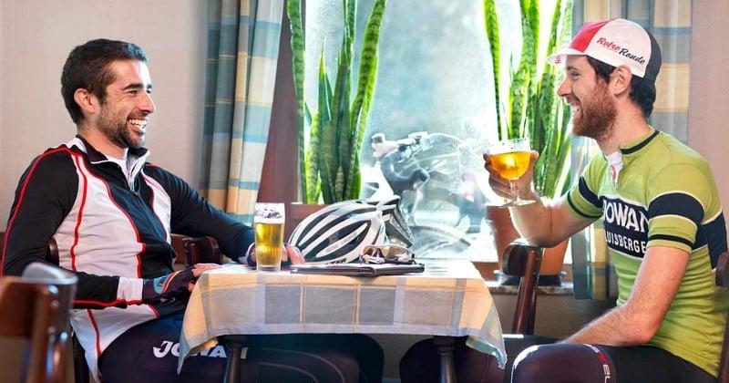 «The Pub Ride»: un parcours de 2 600 kilomètres à faire en vélo pour goûter les meilleures bières d'Europe