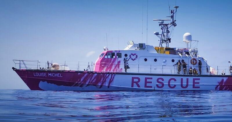 Banksy affrète un bateau pour secourir les migrants en mer Méditerranée