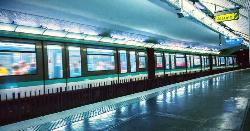 La ville de Paris rend les transports en commun gratuits pour tous les enfants scolarisés de moins de 18 ans
