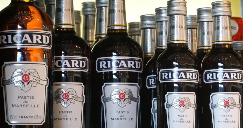 Coronavirus : Pernod Ricard fait don de 70 000 litres d'alcool pour fabriquer du gel hydroalcoolique