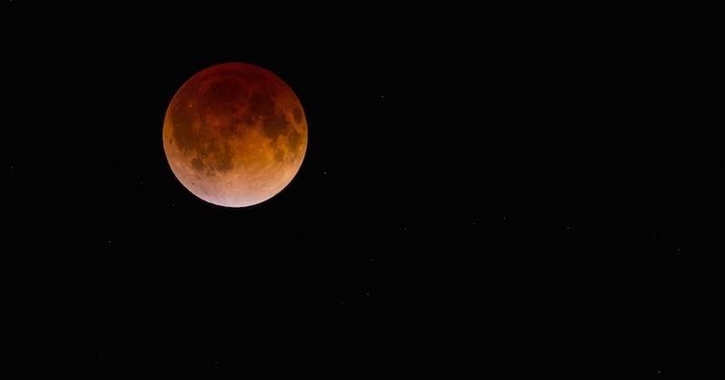 Une Lune rouge, à l'occasion d'une éclipse totale, sera visible dans la nuit du 20 au 21 janvier
