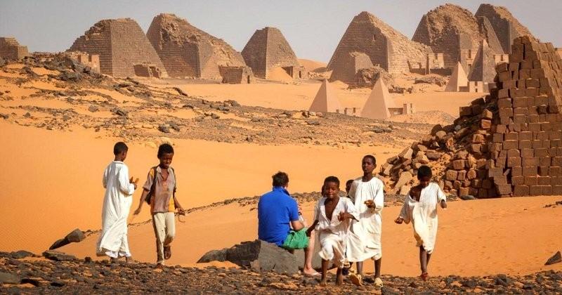 Connaissez-vous les splendides pyramides secrètes du Soudan ? Un trésor historique méconnu et trop beau !